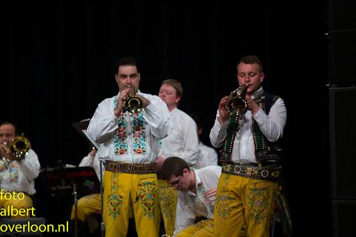 Blaaskapel Freunde Echo met Tufaranka Overloon 19-04-2014 (55).jpg