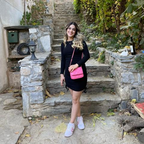 Fatma Menekşe