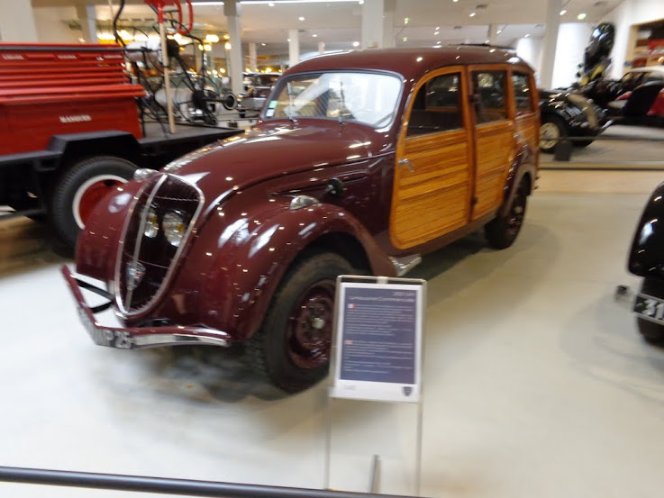 Musée de l'aventure Peugeot à Sochaux DSC01267