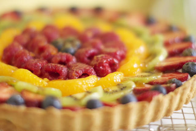 My Favorite Fruit Tart via The Baker Chick