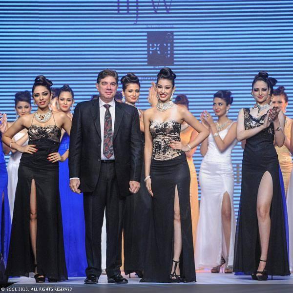 Miss India winners 2013 Navneet Kaur Dhillon, Zoya Afroz and Sobhita