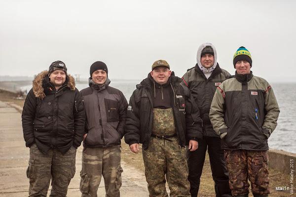 групове фото на рибалці в Острозі