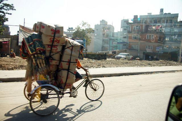 達人帶路-環遊世界-尼泊爾PoonHill健行-三輪車