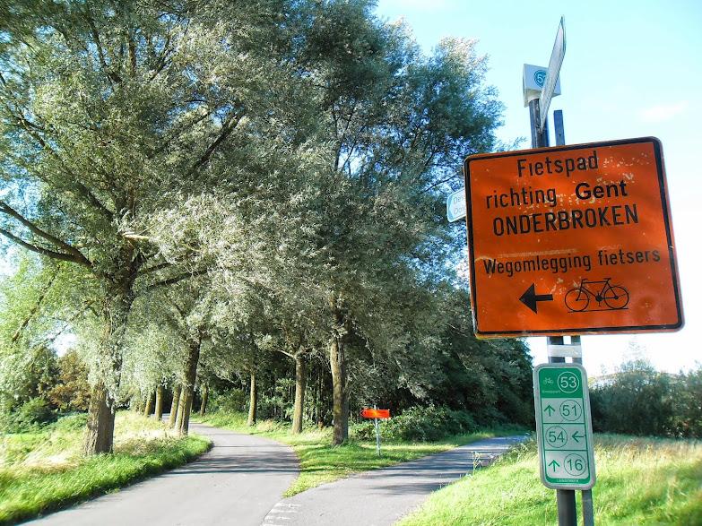 Canal Roulers-Lys (kanaal Roeselare-Leie -  Roeselaarse Vaart) fietssnelweg  F36 Ooigem%2B068