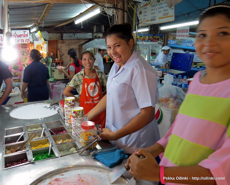 Famous Thai smiles, important part of making good ice cream