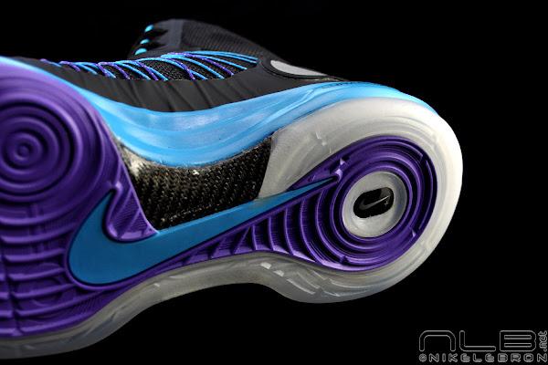 The Showcase Lunar Hyperdunk That Looks Like a Hornets Shoe