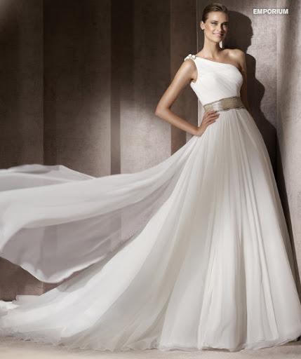 Menyasszonyi ruha 2012 Pronovias Emporium