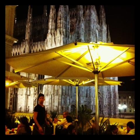 Defying Vanity: #Cosedafare a Milano: aperitivo alla Terrazza Aperol