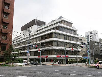 NHK関連の企業が入ってる第一共同ビルの外観