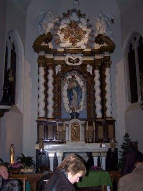 Binnenkant van het het kapelletje in het begijnhof.