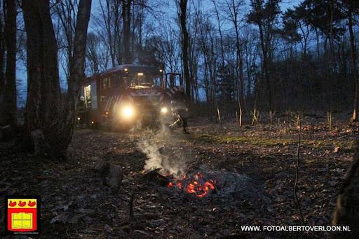 Brandweer blust kleine buitenbrand  kuluutweg in overloon  (3).JPG