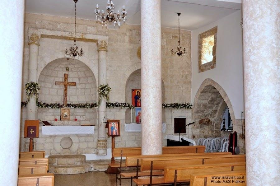 Церковь христиан маронов в Бирам. Экскурсия по Верхней Галилее. Гид в Галилее Светлана Фиалкова.