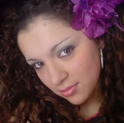 Viviana Arevalo Photo 17