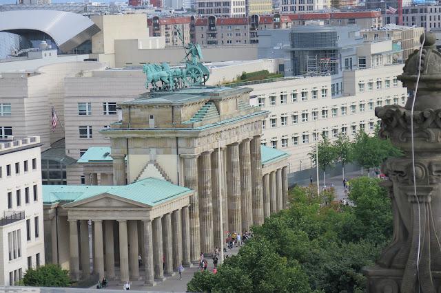 Das Brandenburger Tor ist von hier perfekt zu sehen