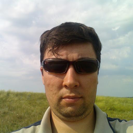 Рафаэль Хасанов