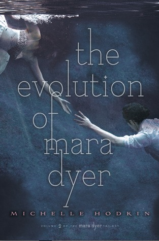 Book Review: The Evolution of Mara Dyer by Michelle Hodkin