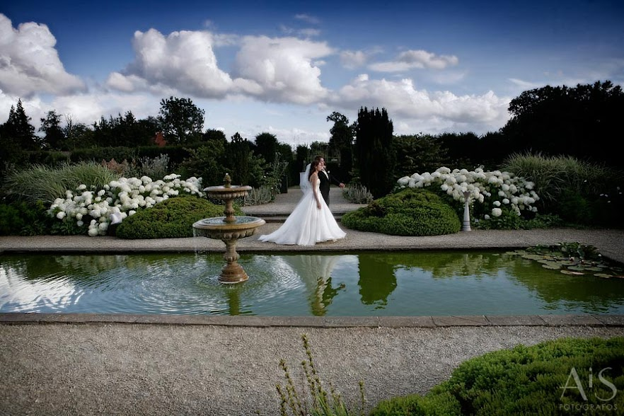 Wedding at Loseley Park