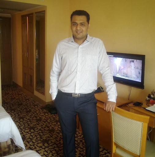 Akshay Vakharia Photo 4