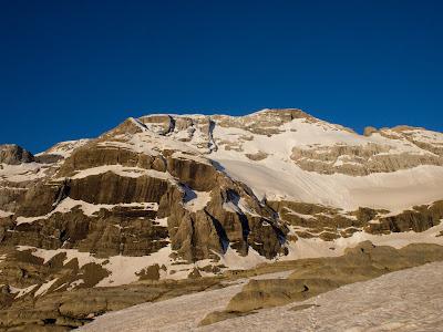 Primera imatge del Mont Perdut al Balcó de Pineta