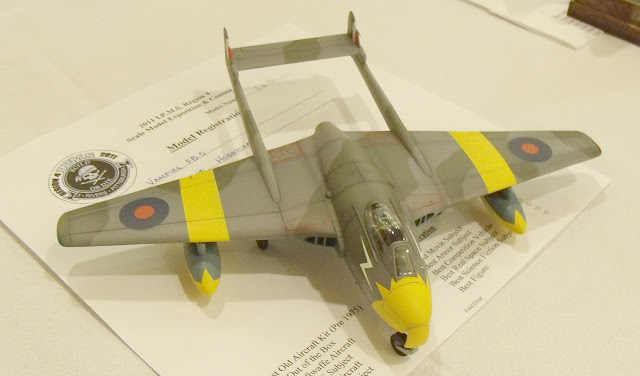 de havilland Vampire FB.5 model kit