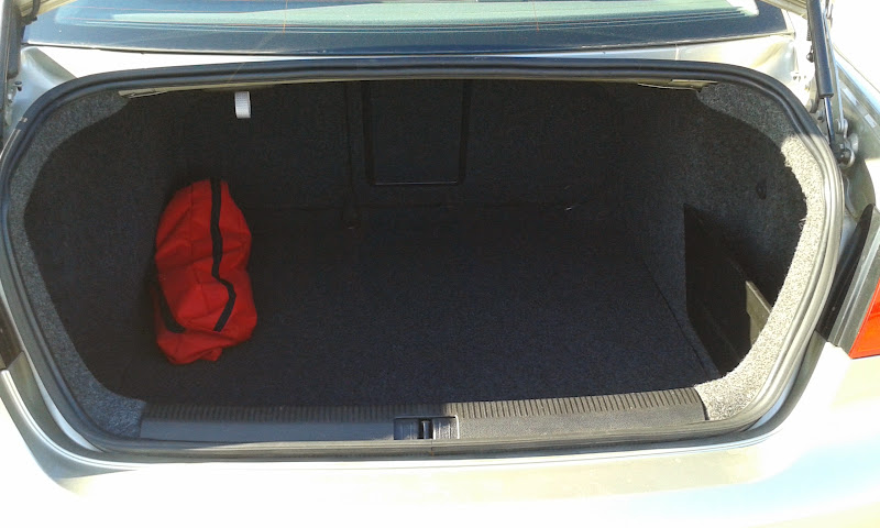 Saludillos desde Martorell (BARCELONA) VW Jetta 1.6 FSI 115cv SportLine 2007 20140325_092237