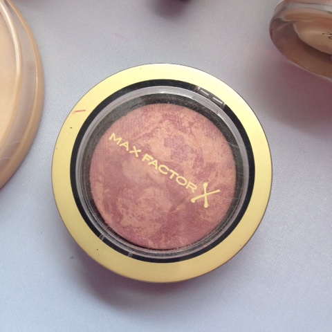 Max Factor Creme Puff Blush in 15 Seductive Pink