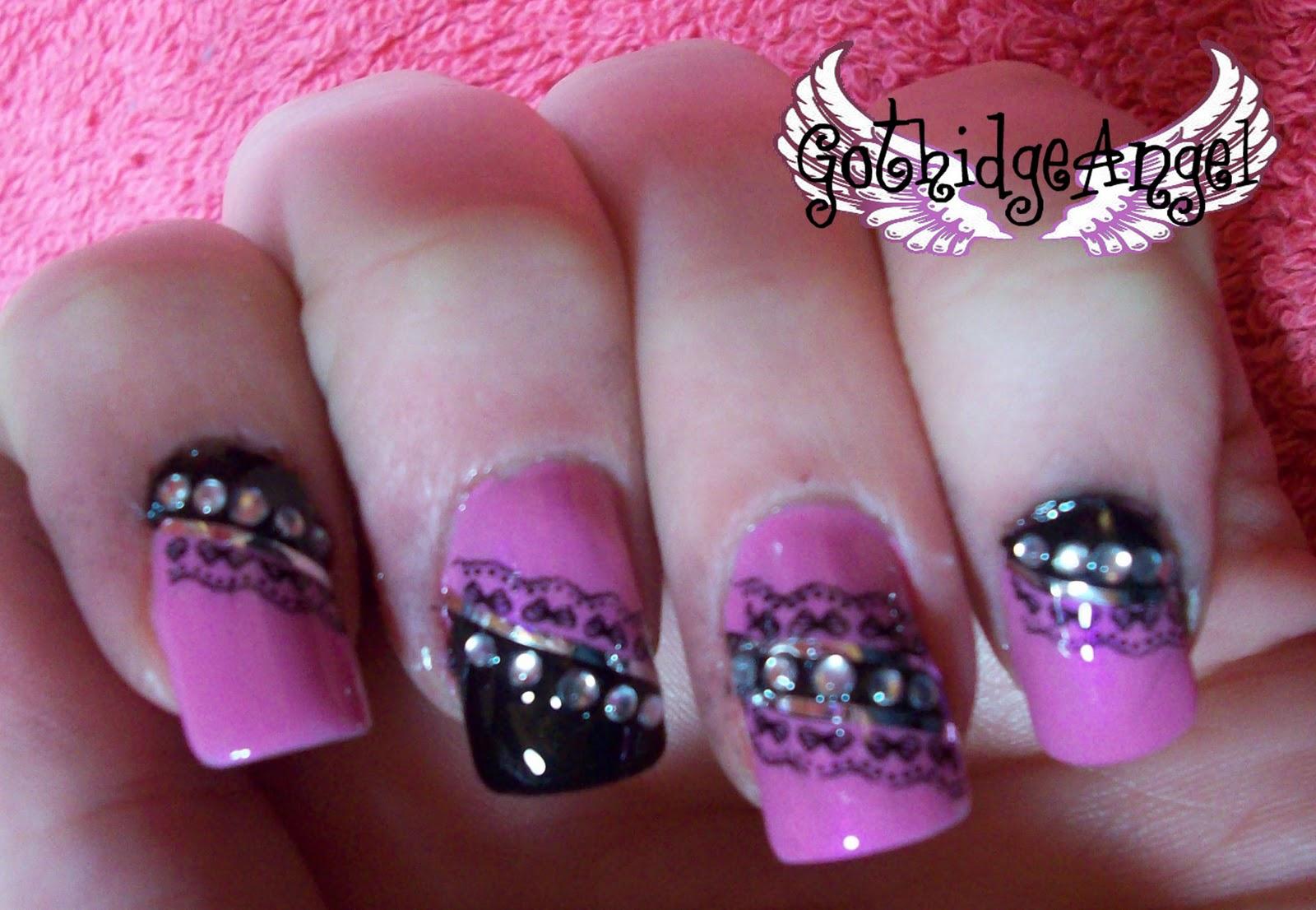 GothidgeAngel Makeup: Tutorial: Pink and Black Gothic/Lolita Nails