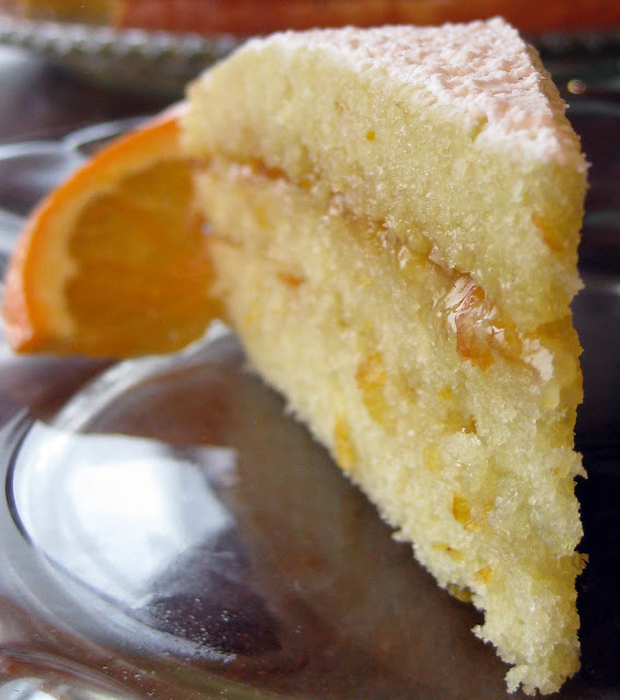 A slice of citrus cake, a delicious latin american recipe