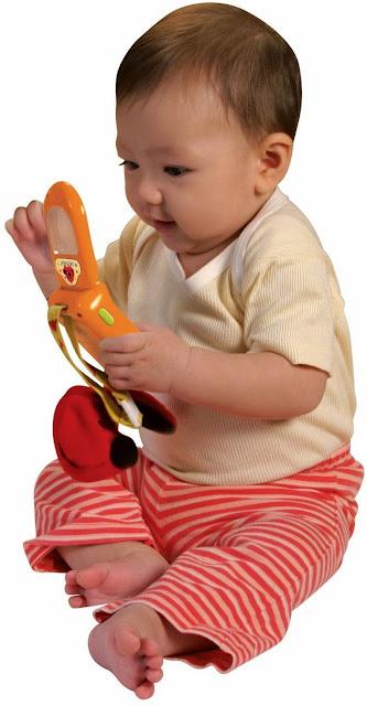 Điện thoại cho bé Patrick KA10499-GB là món quà mơ ước cho Bé