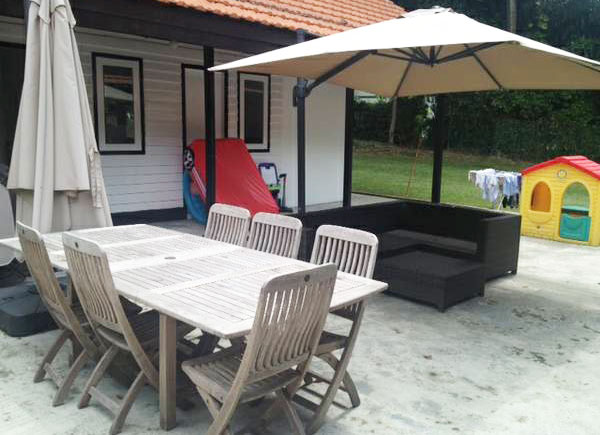 Outdoor Table And Chairs With Parasol