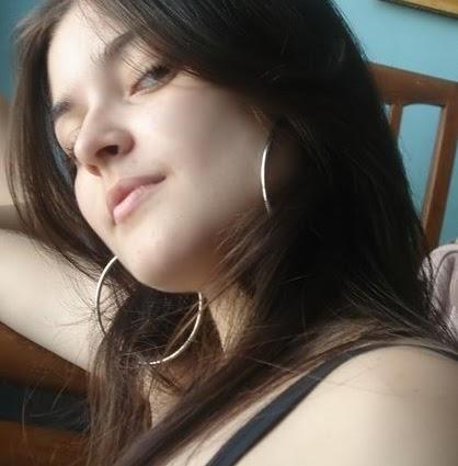 Anisha Ahuja Photo 17