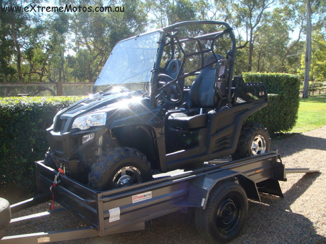 800cc Strike Hisun PQV-800 XUV Farm Sports UTV Side by side Black on box trailer