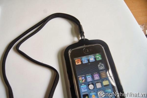 Hộp đeo kèm chân chống cho IPHONE 5/5S