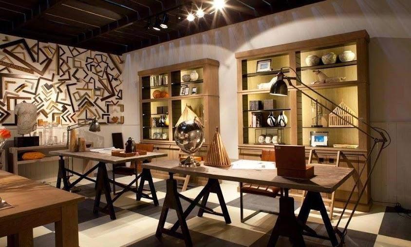 mesa de trabajo o escritorio de estilo industrial