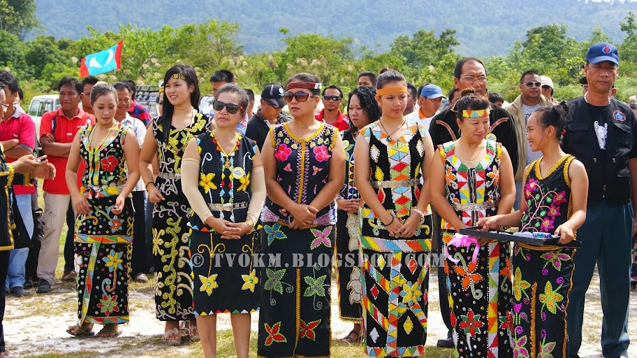 pakaian tradisional murut