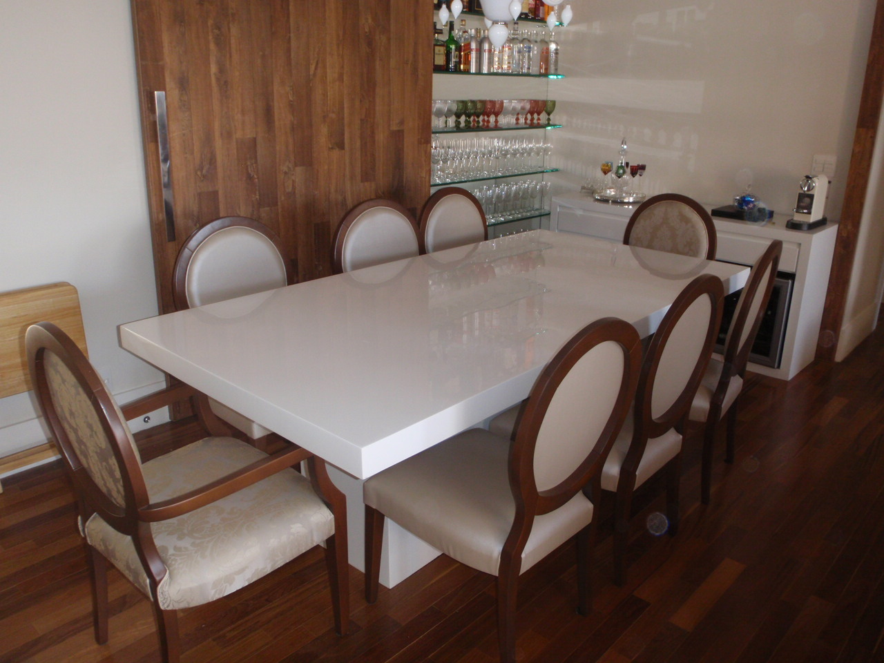 M veis resinados mesa de jantar em resina branca - Mesas de exterior de resina ...