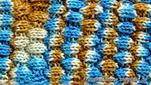 es ist ein sehr einfaches rechts links muster und ich stricke ja gern auch eher knstlerisches fr dickere sockenwolle gelten jedoch ganz andere - Muster Fur Socken