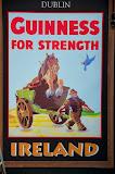 Guinness reklame ved pub.