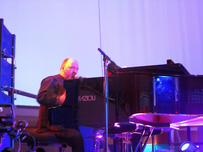 Dave McKean plays the piano at the British Library