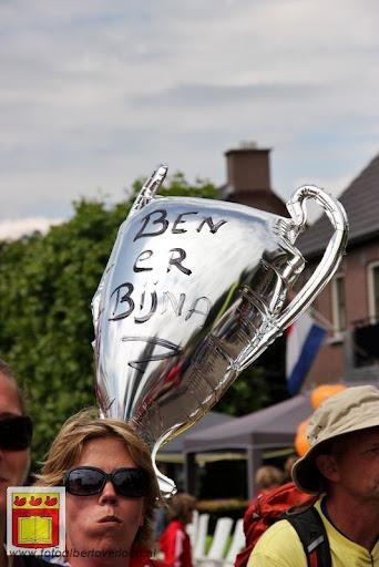 Vierdaagse van Nijmegen door Cuijk 20-07-2012 (118).JPG