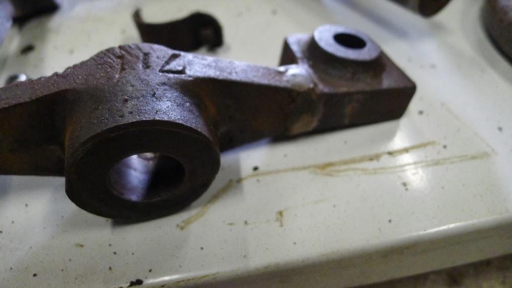 Ancienne scie à ruban Jacquin... La restauration est finie - Page 2 P1060748