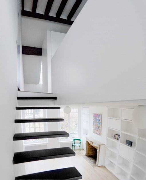 Living in designland marzo 2011 for Detalle escalera volada