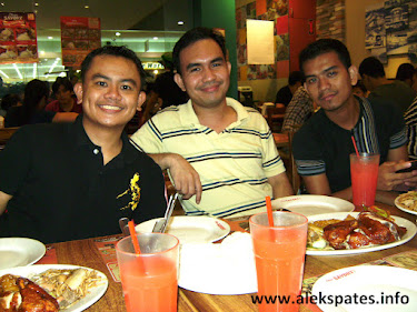 PA Reunion, PA Circa 2001-2007, Philippine Artisan Reunion, Philippine Artisan, The Philippine Artisan, Technological University of the Philippines, Technological University of the Philippines - Manila, TUP-Manila, TUP, PA Editors, Engr. Aleksandre A. Pates (Junior Staffer, 2001-2002; Literary Editor, 2002-2003; Editor-In-Chief, 2003-2007), Arch. Edlee S. Tusi (Junior Staffer, 2001-2002; Features and Entertainment Editor, 2002-2003; News Editor/Circulation Manager, 2004-2005; Associate Editor, 2005-2006), Engr. Jarrel S. Rivera (Junior Staffer, 2004-2005; Literary Editor, 2005-2006; Associate Editor-English, 2006-2007), Engr. Amadis B. Bautista (Junior Staffer, 2002-2003; Sports Editor, 2003-2004; Features and Entertainment Editor, 2004-2005; News Editor, 2005-2006; Associate Editor-Filipino, 2006-2007), Mr. Maurelio C. Cabo, Jr. (Junior Staffer, 2002-2003; Senior Staffer, 2003-2004; Literary Editor, 2004-2005; Circulation Manager/Sport Editor, 2005-2006; Circulation Manager, 2006-2007), Engr. Marfe Antoniette B. Bermudo (Junior Staffer, 2003-2004; Senior Staffer, 2004-2005; Features and Entertainment Editor, 2005-2006; News Editor, 2006-2007), and Ms. Ma. Romeila Joise S. Jusay (Junior Staffer, 2002-2003; Senior Staffer, 2003-2005), Classic Savory, Starbucks, Mall of Asia