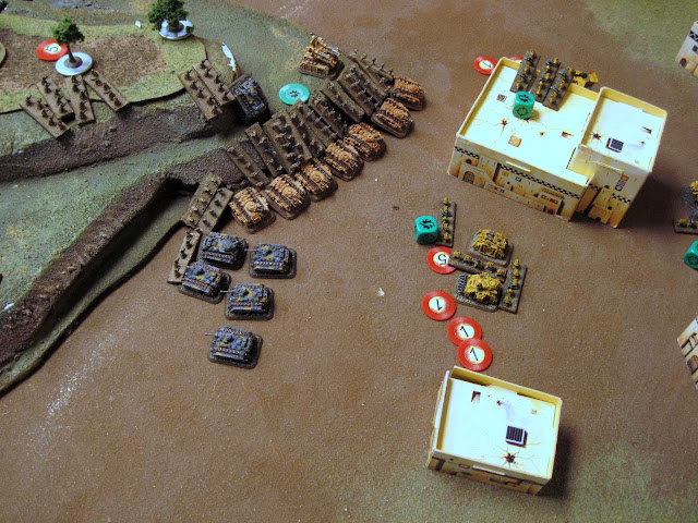 The Mech coy doubles and lays down a BM on the Tacs. The HQ engages them.