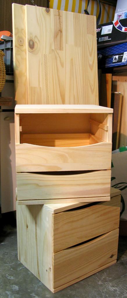 ma chambre claire banc de rangement. Black Bedroom Furniture Sets. Home Design Ideas