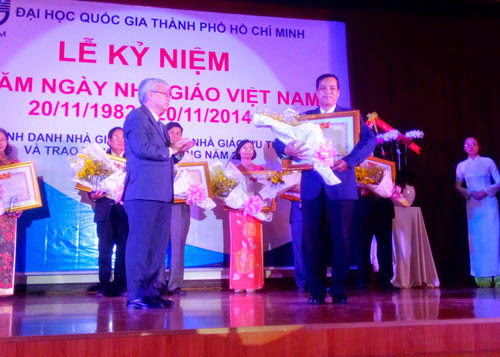 Bộ trưởng Bộ GD-ĐT gửi lời cảm ơn các thầy cô giáo - 1