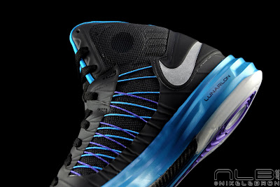 nike lunar hyperdunk 2012 black blue 15 web black The Showcase: Lunar Hyperdunk+ That Looks Like a Hornets Shoe