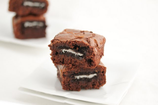 close-up photo of two brownies