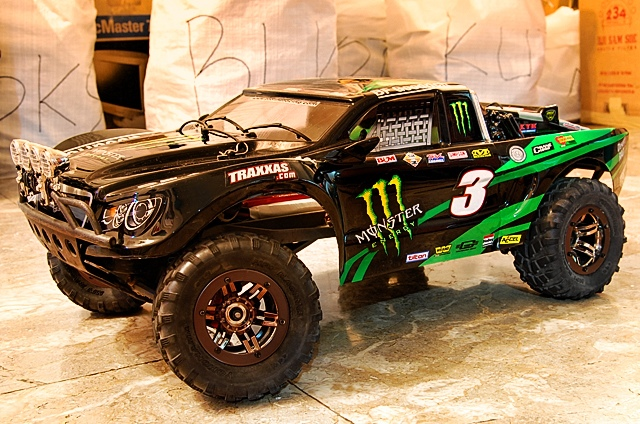 rc 4x4 cars for sale with 72fb0867d5a091b36f5257c87fddfd86 on Watch together with Traxxas Trx4 Defender Trail Crawler besides Watch likewise Ford Mega Truck furthermore 1096869 mercedes Benz G500 4x4 Concept Live Photos And Video.