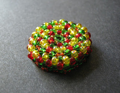 Peyote Button Design by Jean Campbell